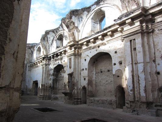 Ruinen.