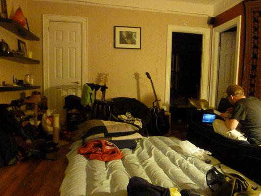 Das Wohnzimmer von Jeremy war unser Schlafzimmer.