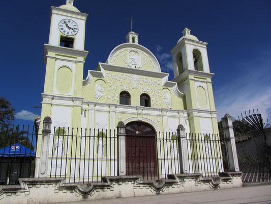 Iglesia de San Marcos am Parque Central. Die obligatorische Kirche bzw. Kathedrale am Zentralpark fehlt in keiner spanischen Kolonialstadt.