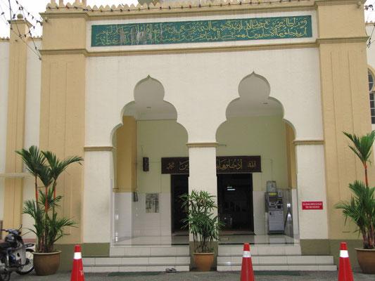 Die Moschee in Kampung Baru.