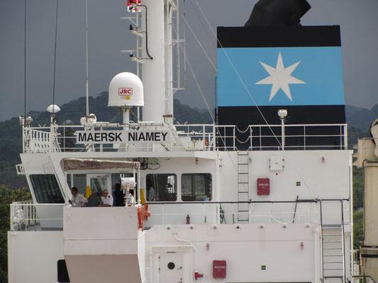 Der Maersk-Nimanay-Frachter gehört zur weltweit größten Containerschiffsreederei.