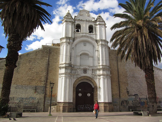 Die Kirche Santa Teresa.