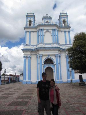Vor der Iglesia de Santa Lucia.