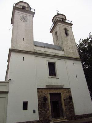 Die Iglesia Matriz ist die älteste Kirche des Landes.
