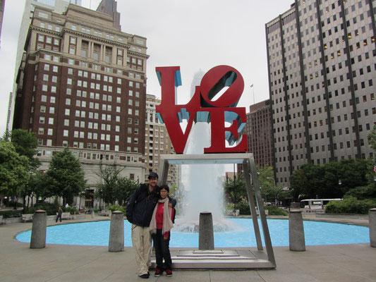Robert Indianas weltbekannte LOVE-Skulptur im Love-Park (JFK Plaza).