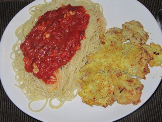 Schweinefleisch-Pikata mit Spaghettis.