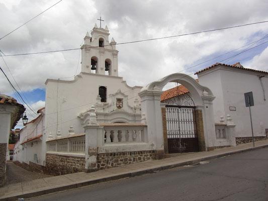 Auf dem Weg zum Aussichtsplatz am Kloster la Recoleta.