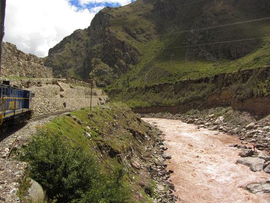 Rückfahrt mit Peru Rail nach Aguas Calientes.
