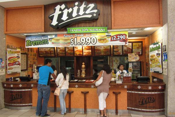 Fritz - Deutsche Tradition. Leider gab's hier kein einziges deutsches Essen. Aber für die Chilenen ist eben auch Hamburger deutsch und ganz ehrlich haben sie ja auch irgendwie recht damit.
