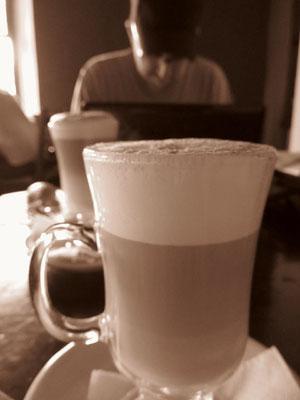 Im Cafe Welchez. Großartige Kaffeevariationen.