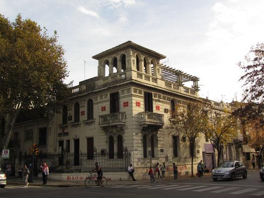 Architektonisch ein Augenschmaus, die drittgrößte Stadt Argentiniens.