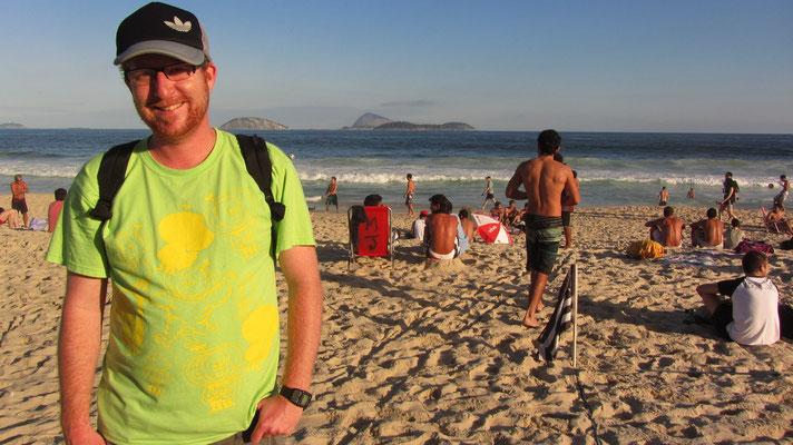 Je nach Stranabschnitt (die Strandabschnitte sind alle durchnummeriert) gesellen sich verschiedene Subkulturen. Hier die Chiller und Kiffer.