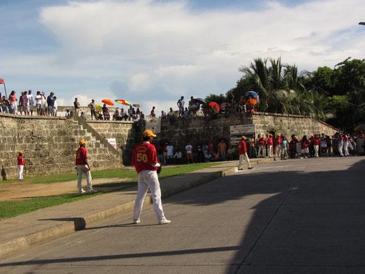 Semiprofessionelles Straßen-Baseball-Match.