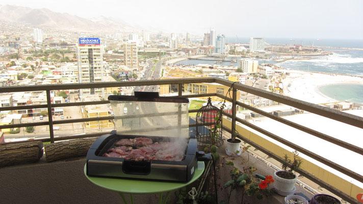 Der Chilene liebt Fleisch, viel Fleisch. Auch grillt der Chilene gerne, am liebsten mit einem deutschen Grill.