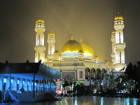Die Jame'Asr Hassanil Bolkiah Moschee.