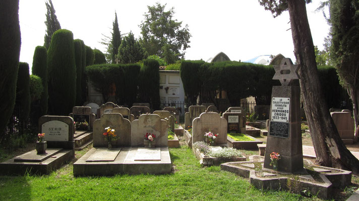 Ein kleiner Teil des Friedhofs ist für Juden reserviert. Viele kamen aus Deutschland.