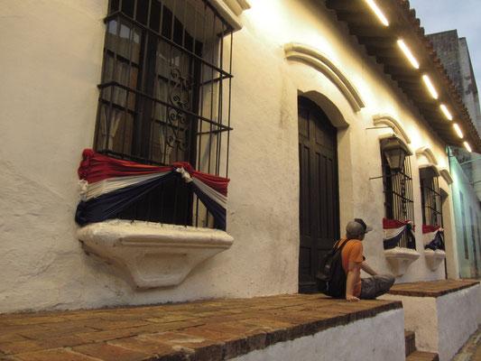 Casa de la Independecia: Von hier startete der Aufstand gegen die spanische Krone am 14. Mai 1811. Das Haus war das Wohnhaus der Familie Martínez Sáenz und Treffpunkt der Untergrundbewegung gegen das spanische Regime.
