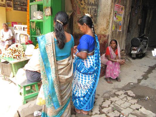 Traditionelle bengalische Kostümierung.