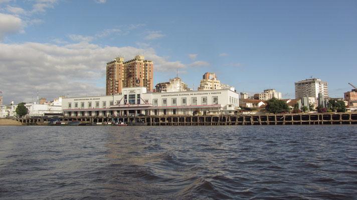 Der Hafen von Asuncion.