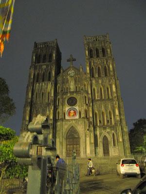 St. Josefs- Kathedrale bei Nacht.