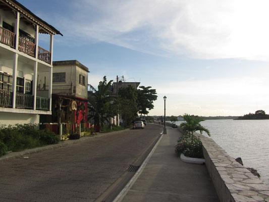 Die Uferpromenade.