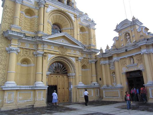 Iglesia de San Pedro (Kirche des Heiligen Petrus).