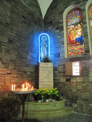 Im Inneren der Kathedrale Notre-Dame.