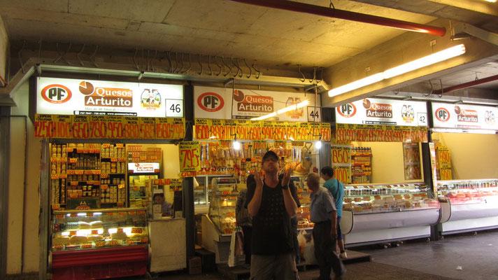 Viel Käse auf dem Markt.