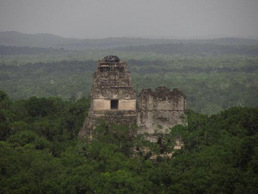 Templo I & II. (Blick von Templo IV)