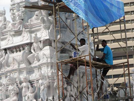 Der Arulmigu Rajamariamman Devasthanam Tempel.