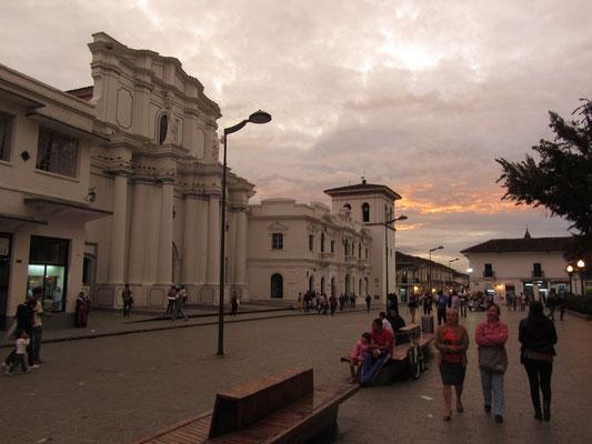 Platz vor der Kathedrale.