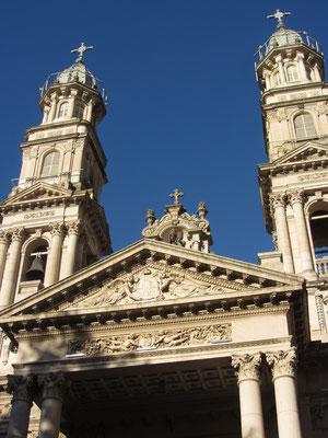 Kathedrale im neokolonialen Stil.