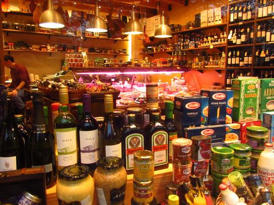 Delikatessenladen. Es gibt viele davon in Buenos Aires. Leider nicht billig, aber wo sind diese Läden schon billig.