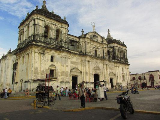 Die Kathedrale.