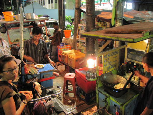 Abendessen in Central Jakarta.