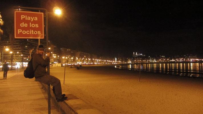 Playa de los Pocitos. Montevideo verfügt über mehrere gepflegte, innerstädtische Badestrände.