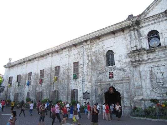 Die Basilica Minore del Santo Nino, das Wahrzeichen Cebus.