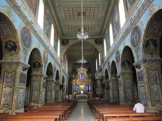In der Kirche Santa Domingo.