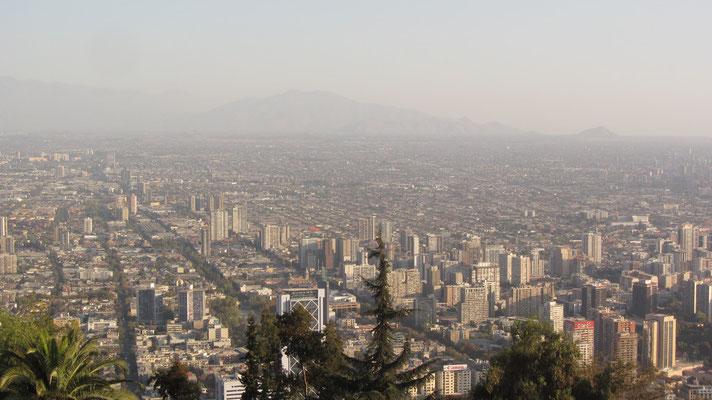 Blick vom Cerro San Cristóbal .