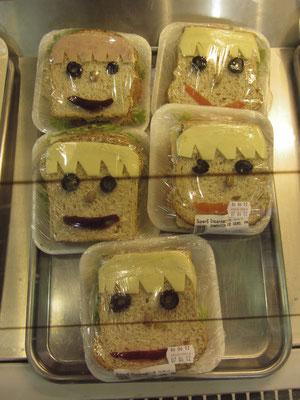 Dämliche Sanwiches. Da vergeht einem der Appetit.