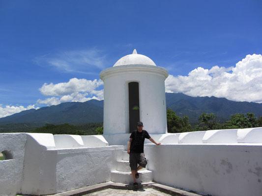 Am Wachturm. (Castillo San Cristobal)