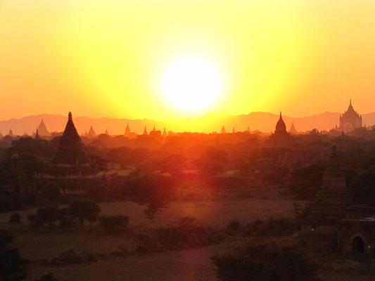 Sonnenuntergang. (Blick vom Buledi)