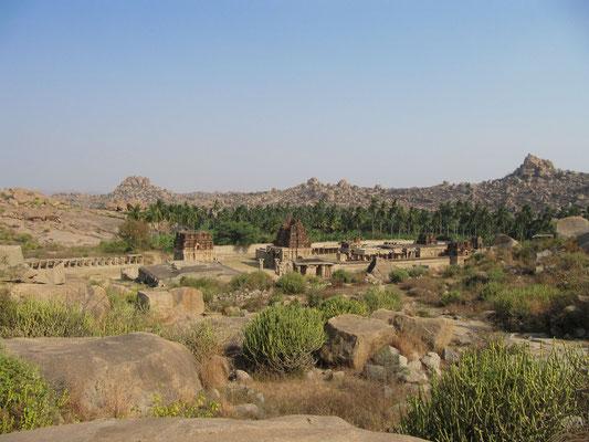 Blick auf den Achyutaraya-Tempel.