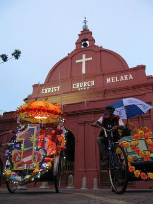 Die Christus Kirche ist die älteste protestantische Kirche Malaysias. Ihr Bau im Jahre 1753 durch die Holländer nahm 12 Jahre in Anspruch.