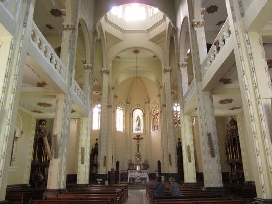 Märchenschlosskirche von innen.