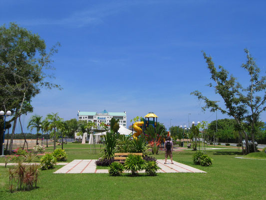 "Spielplatz imBlick aud ""Silver Jubilee Park""."
