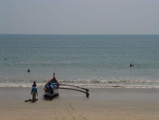 Fischerboot bei der Heimkehr.