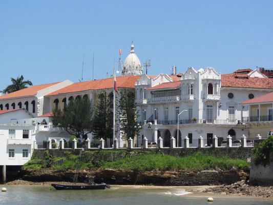 Alter Präsidentenpalast. (Casco Antiguo)