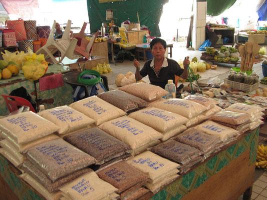 Verschiedene Sorten Reis.