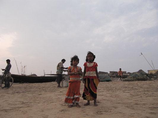 Mädels aus dem Fischerdorf.